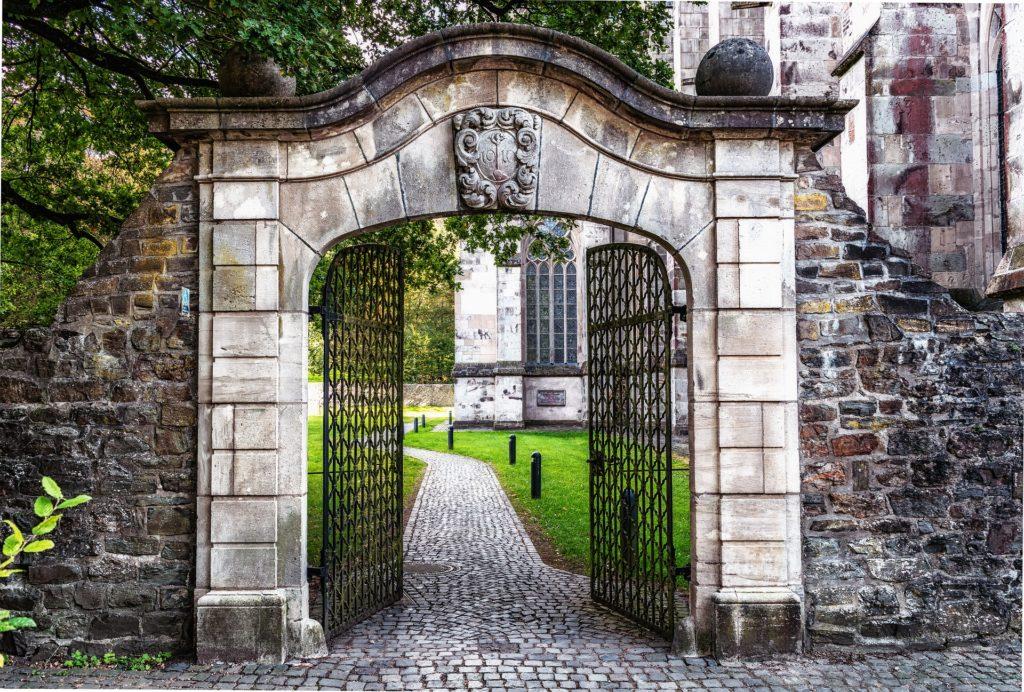 Histoire du portail électrique et de l'automatisme